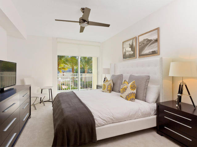 Bedroom with Bed and accent pillows